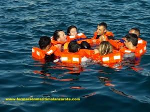 www.formacionmaritimalanzarote.com